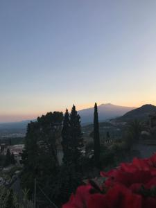 Villa Greta Hotel Rooms & Suites, Hotels  Taormina - big - 55