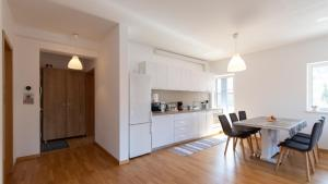 Central Comfort Suites, Apartmanok  Brassó - big - 11