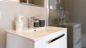 Central Comfort Suites, Apartmanok  Brassó - big - 13