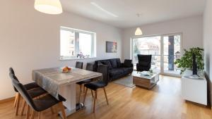 Central Comfort Suites, Apartmanok  Brassó - big - 19