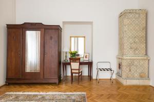 Belle Epoque I luxury suite 50m to Main Square