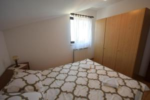 Apartments Petrica, Апартаменты  Малинска - big - 8