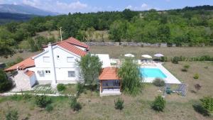 Villa Elly - Rumin