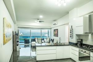 Poseidon Lake Apartments