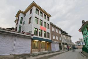 OYO 13099 Lavilla, Hotels  Srinagar - big - 9