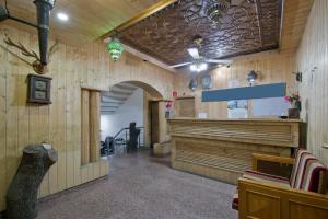 OYO 13099 Lavilla, Hotels  Srinagar - big - 8