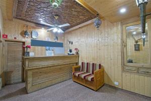 OYO 13099 Lavilla, Hotels  Srinagar - big - 11