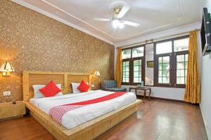 OYO 13099 Lavilla, Hotels - Srinagar
