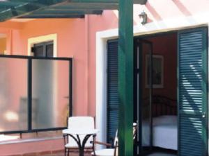 Ionian Breeze Studios, Apartments  Lefkada Town - big - 22