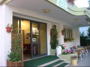Hotel Carmen Viserba - AbcAlberghi.com