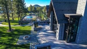 The Lodge at Edgewood Tahoe (7 of 66)