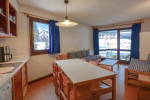 Location gîte, chambres d'hotes VVF Villages « Les Monts du Jura » Lélex dans le département Ain 1