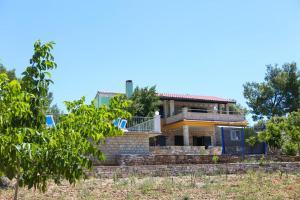 Family friendly house with a swimming pool Zavalatica (Korcula) - 9476, 20273 Čara