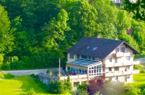 Hotel-Pension Haus Hubertus - Kürmreuth