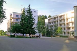 Парк-Отель Ярославль, Красные Ткачи
