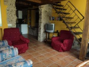 Allotjaments Rurals Can Pere Petit, Apartmanok  Santa Pau - big - 17