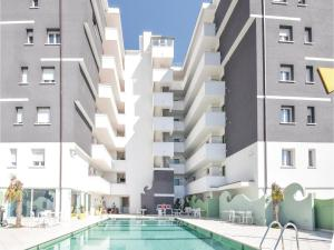 obrázek - Two-Bedroom Apartment in Miramare Rimini RN