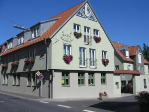 Weinstube Schwalbennest - Karlburg