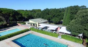 Location gîte, chambres d'hotes Domaine Le Moulin Neuf dans le département Gard 30
