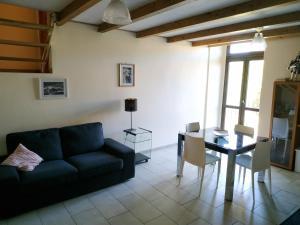 Catania Ursino Castle Apartment two - AbcAlberghi.com