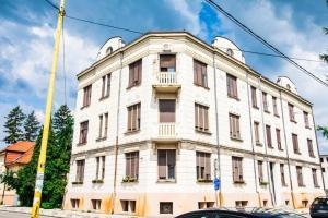 Salines Tuzla, Apartmanok  Tuzla - big - 4