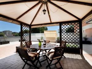 Fair Terrace Apartment - AbcAlberghi.com