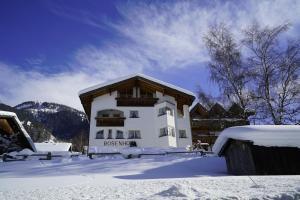 Apart Bauernhof Rosenhof - Hotel - Nauders