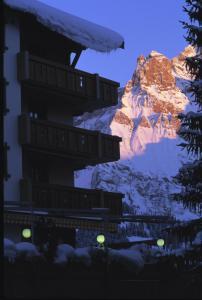 Boutique Chalet Hotel Beau Site Adelboden Switzerland J2ski
