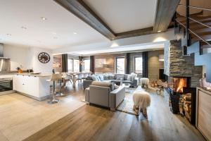 Whistler Lodge - Apartment - Courchevel