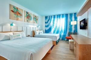 Universal's Surfside Inn and Suites (36 of 37)