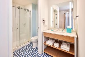 Universal's Surfside Inn and Suites (7 of 37)