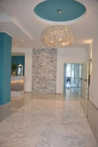 Hotel Carducci Suite - AbcAlberghi.com