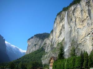 Eyhus 5 Lauterbrunnen 1Br opposite Staubbach waterfalls + parking - Hotel - Lauterbrunnen