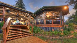 Paradise Hotel & Resort, Hotely  Burnt Pine - big - 9