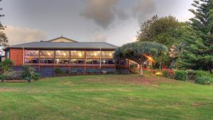 Paradise Hotel & Resort, Hotely  Burnt Pine - big - 10