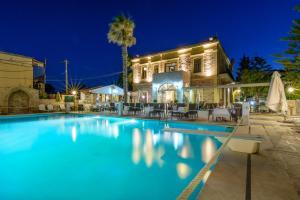 Grecian Castle Hotel (2 of 44)