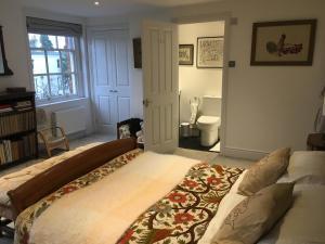 obrázek - Room 1, Kingsholm Road By RentMyHouse