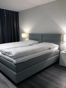 Hôtel de l'Ecluse - Hotel - Neuchâtel