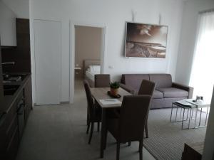 1 Via Santa Croce - AbcAlberghi.com