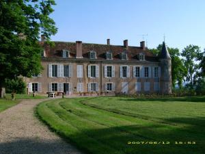 Château d'Island Vézelay, Szállodák  Pontaubert - big - 51