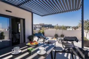 Urban Nest - Suites & Apartments
