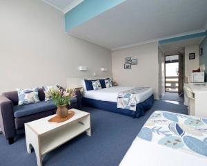 Wrights by the Sea Motel - Accommodation - Paraparaumu Beach