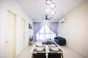 3BR 6Pax Educity Eco Nest Modern Family suites - Hock Lam Village