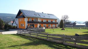 Pension Maddox - Hotel - Warmensteinach