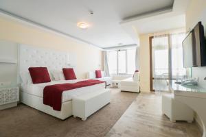 Hotel Perla Beach Luxury