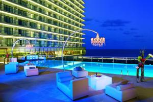 Secrets The Vine Cancun Resort..