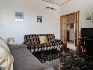 Corrado Ricci Halldis Apartment - AbcAlberghi.com