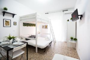 Apartment Anacreonte 7 - AbcAlberghi.com