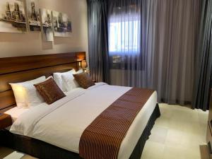 Q Suites Jeddah by EWA, Hotely  Džidda - big - 48