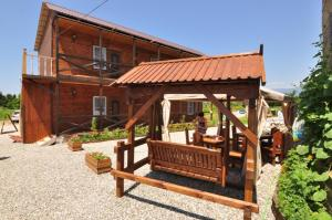 Stary Zamok Guesthouse, Пицунда